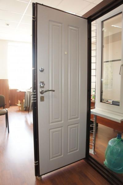 продажа входную дверь в квартире